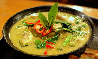 Green Curry - Creative Commons by Takeaway