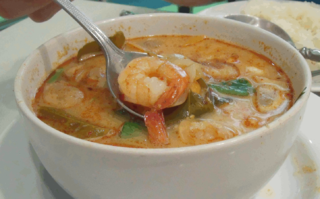 Tom Yam - Creative Commons by Kcdtsg